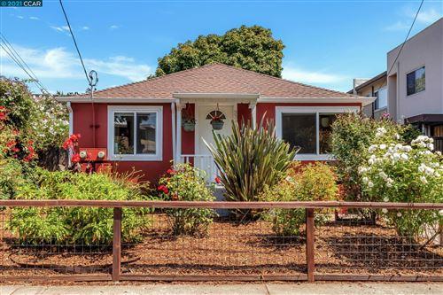Photo of 3344 Yosemite Ave, EL CERRITO, CA 94530 (MLS # 40964598)