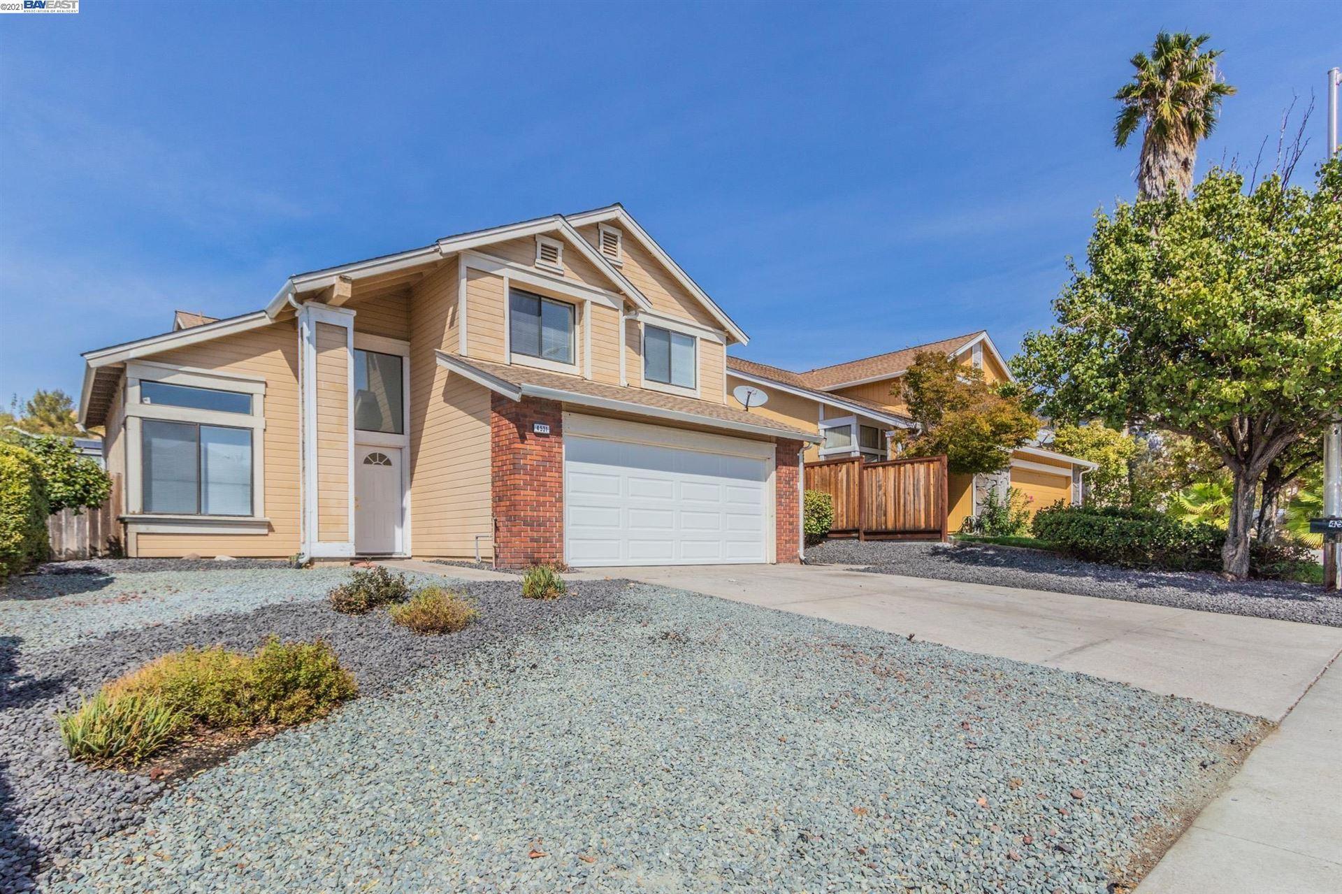 Photo of 4531 Elkhorn Way, ANTIOCH, CA 94531 (MLS # 40968626)