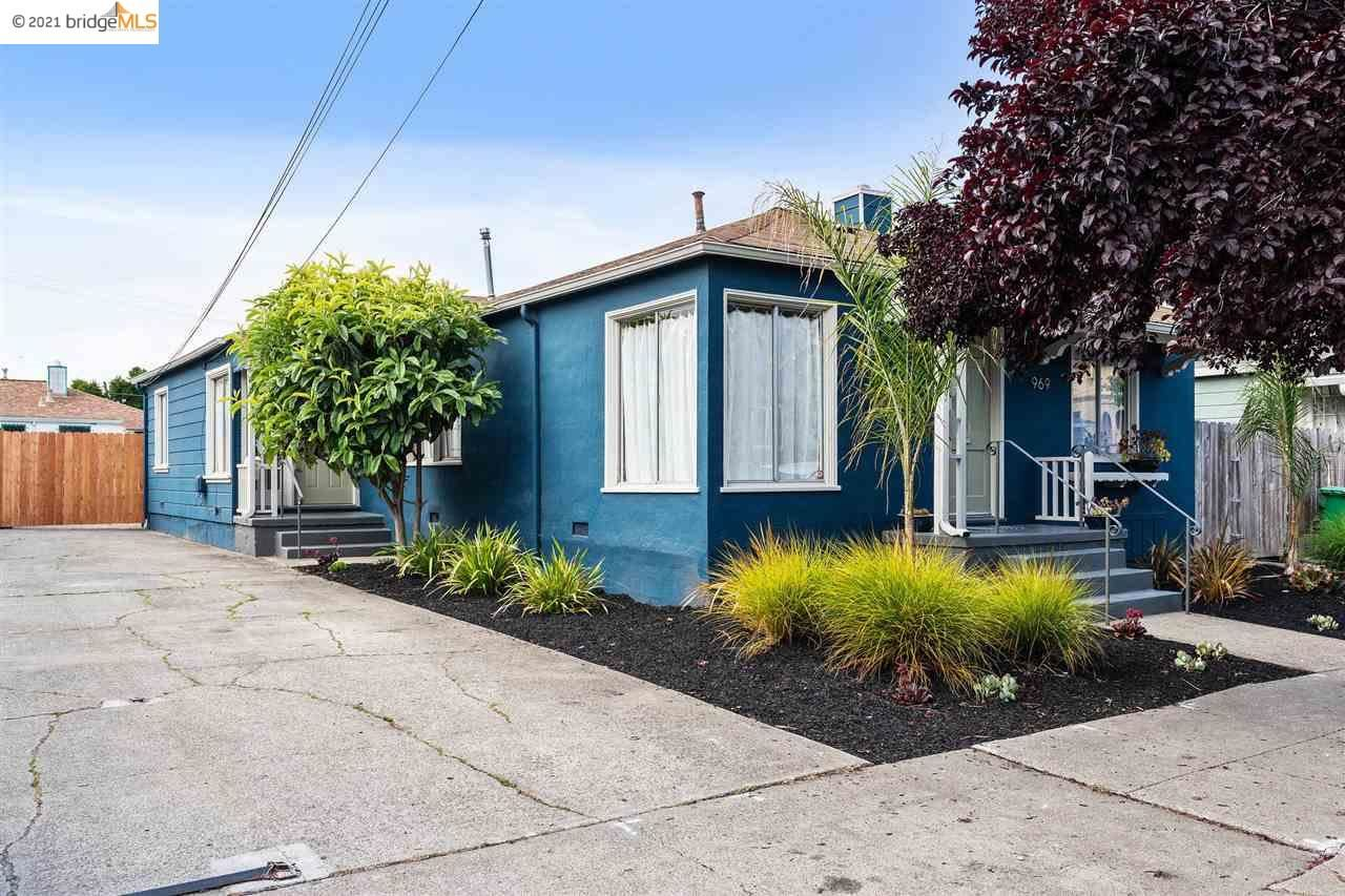 Photo of 967 57Th St, OAKLAND, CA 94608 (MLS # 40954642)