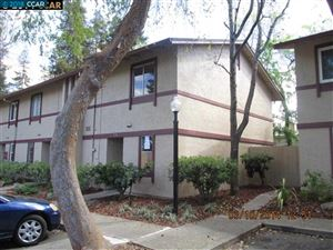 Photo of 1540 Parkwood Pl, CONCORD, CA 94521 (MLS # 40820863)