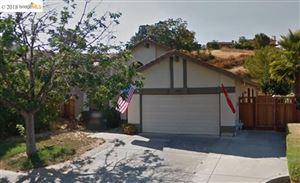 Photo of 5320 Paso Del Rio Way, CONCORD, CA 94521 (MLS # 40826891)