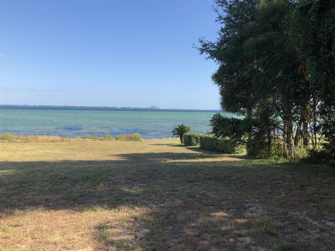 Photo of 835 Choctaw Lane, Shalimar, FL 32579 (MLS # 843761)