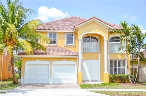 Photo of 7936 SW 164th Pl, Miami, FL 33193 (MLS # A10909551)