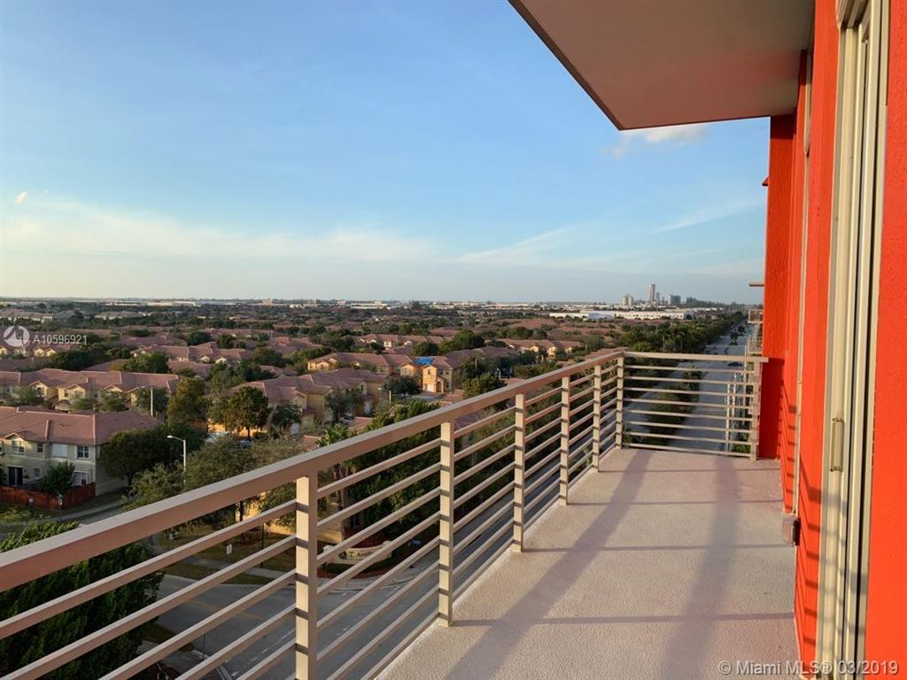 Photo for 7875 NW 107th Ave #818, Doral, FL 33178 (MLS # A10596921)