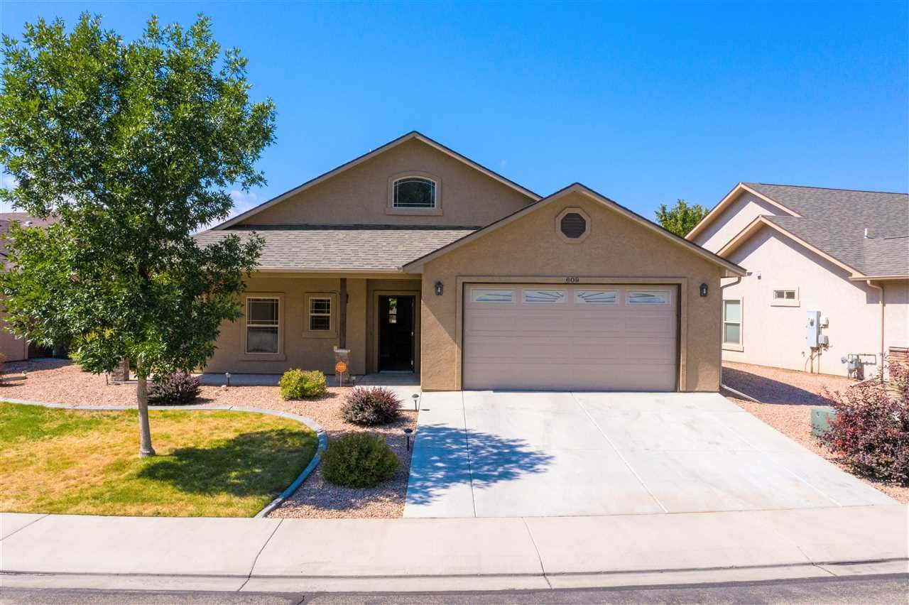 Photo of 609 Saffron Way, Grand Junction, CO 81505 (MLS # 20204793)