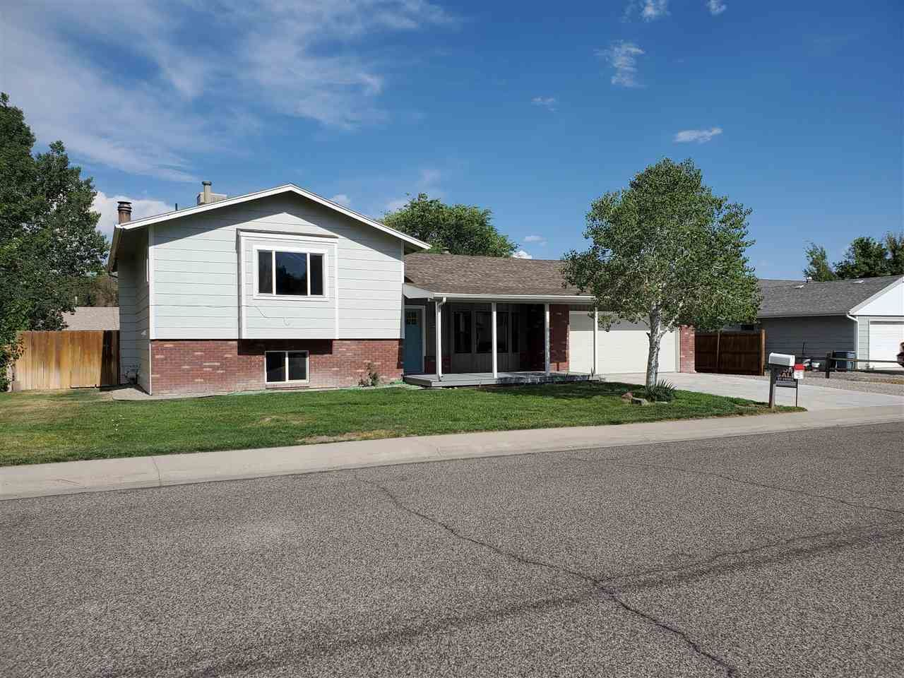 Photo of 616 W Indian Creek Road, Grand Junction, CO 81506 (MLS # 20213800)