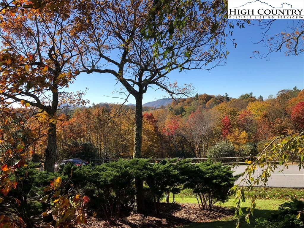 Photo for Combo LOTS 9-10 Greystone Drive, Blowing Rock, NC 28605 (MLS # 231053)