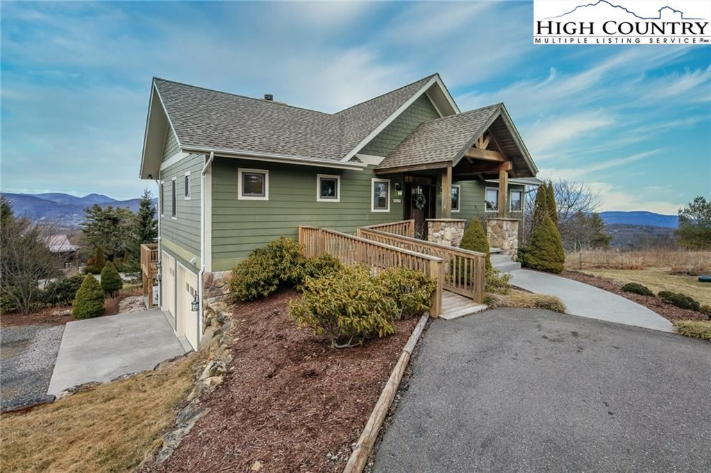 Photo for 969 Alpine Drive, Blowing Rock, NC 28605 (MLS # 220136)