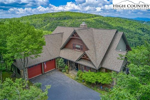Photo of 322 N Pinnacle Ridge Road, Beech Mountain, NC 28604 (MLS # 231278)