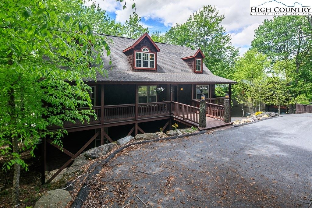 Photo for 115 St. Andrews Road, Beech Mountain, NC 28604 (MLS # 228283)