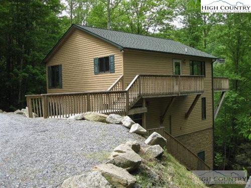 Photo of 201 Locust Ridge Road, Beech Mountain, NC 28604 (MLS # 228319)