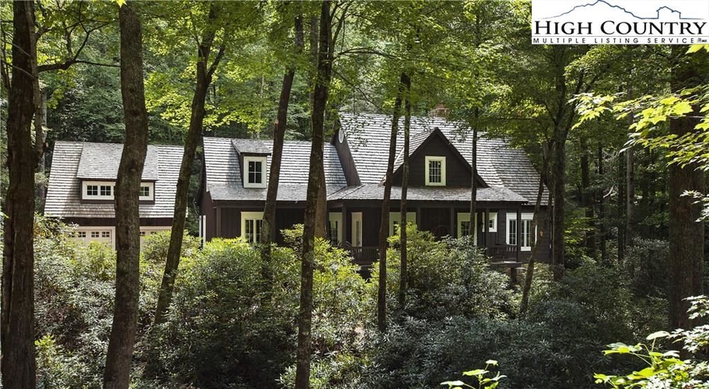 Photo for 288 Stone Cliff Drive, Blowing Rock, NC 28605 (MLS # 233356)