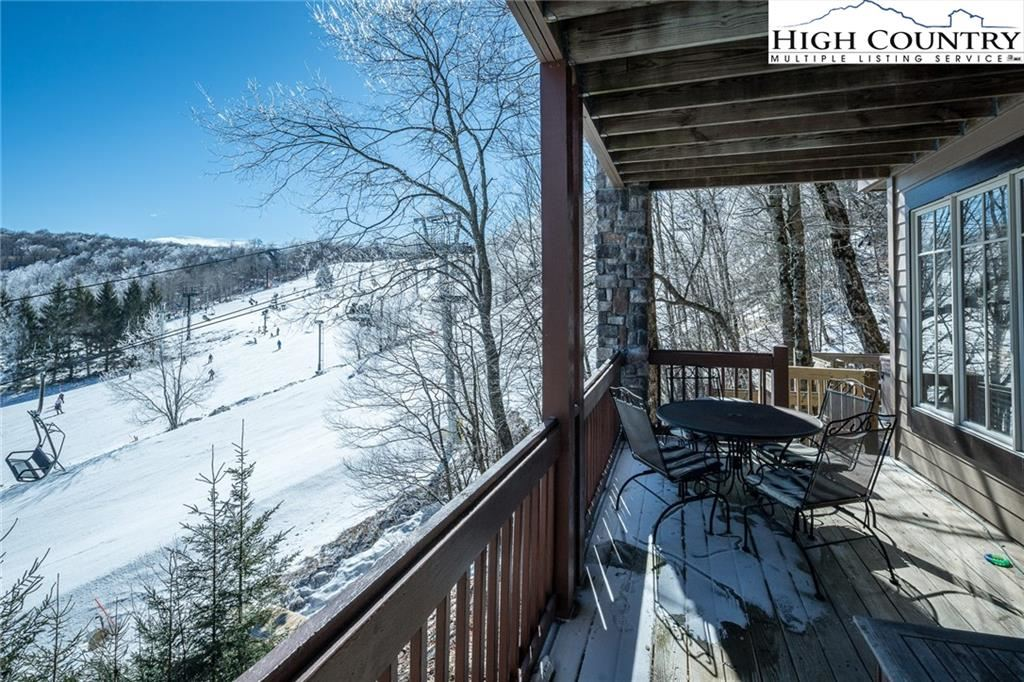 Photo for 22 Slopes Road, Beech Mountain, NC 28604 (MLS # 228431)