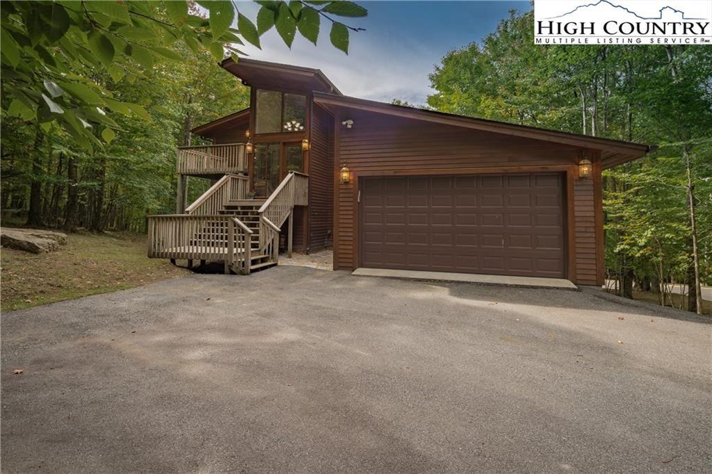Photo for 202/200 Upper Grouse Ridge Road, Beech Mountain, NC 28604 (MLS # 233714)