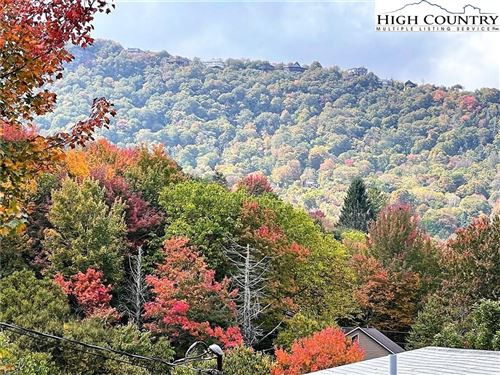 Tiny photo for 303 Overbrook Trail, Beech Mountain, NC 28604 (MLS # 233727)
