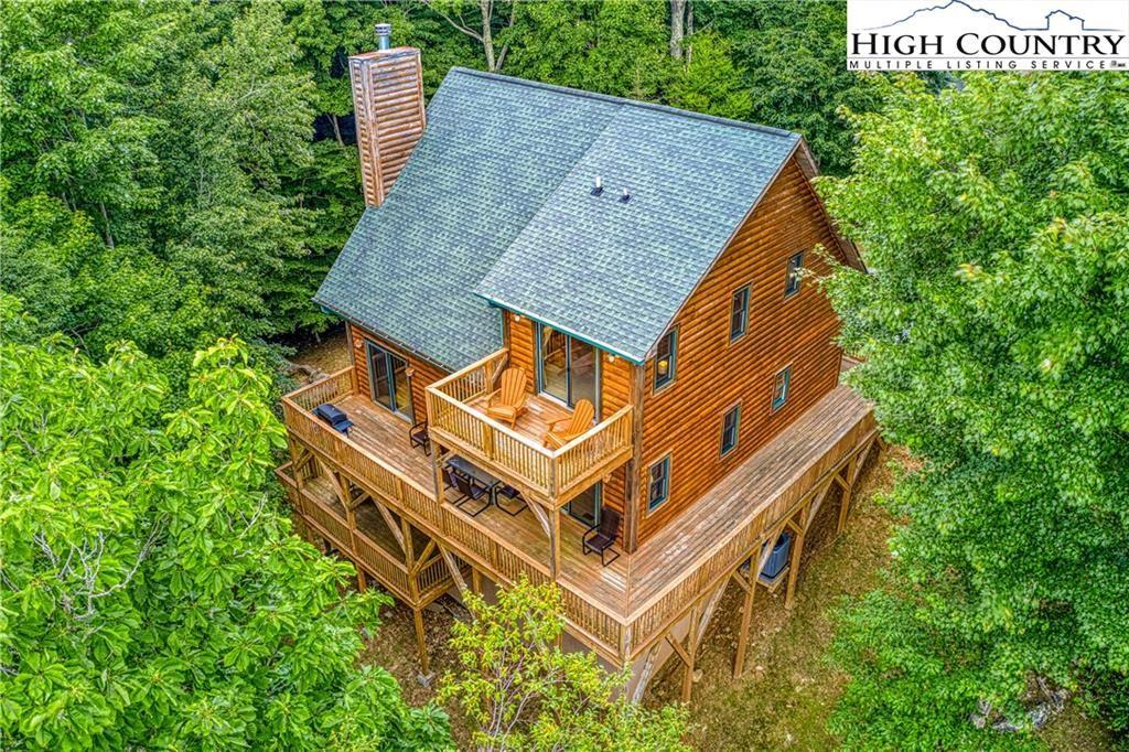 Photo for 107 Heather Lane, Beech Mountain, NC 28604 (MLS # 230947)
