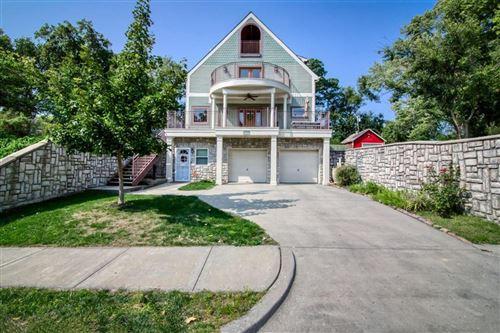 Photo of 3542 Wyoming Street, Kansas City, MO 64111 (MLS # 2245057)