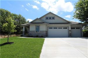 Photo of 6102 Double Eagle Court, Parkville, MO 64152 (MLS # 2160167)