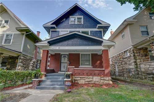 Photo of 131 N Elmwood Avenue, Kansas City, MO 64123 (MLS # 2347287)