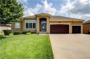 Photo of 4228 SW Duck Pond Drive, Lees Summit, MO 64082 (MLS # 2165621)