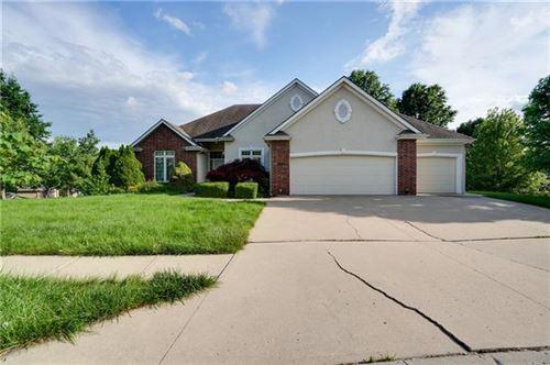 Photo of 8911 NE 91st Terrace, Kansas City, MO 64157 (MLS # 2316689)