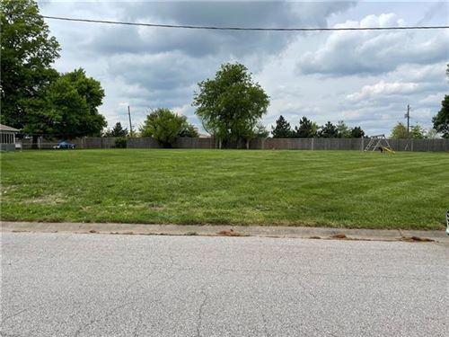 Photo of 2228 N 104 Terrace, Kansas City, KS 66109 (MLS # 2320788)