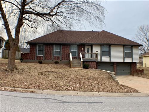 Photo of 1201 SW 16th Street, Blue Springs, MO 64015 (MLS # 2207848)