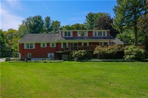 Photo of 412 Whippoorwill Road, Chappaqua, NY 10514 (MLS # 5017287)