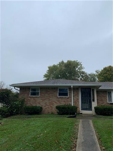 Photo of 6326 Shelbyville Road, Indianapolis, IN 46237 (MLS # 21821191)