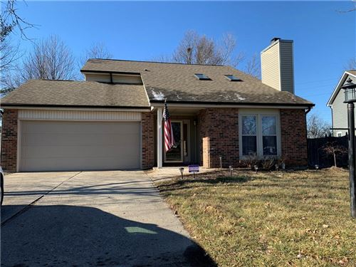 Photo of 8302 Castle Ridge Lane, Indianapolis, IN 46256 (MLS # 21761470)