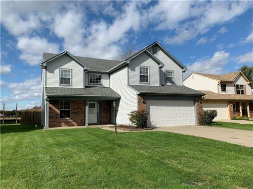 Photo of 5038 GRAND TETONS Drive, Indianapolis, IN 46237 (MLS # 21820742)