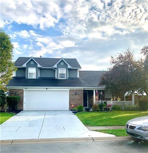 Photo of 1140 Oak Leaf Road, Franklin, IN 46131 (MLS # 21819846)