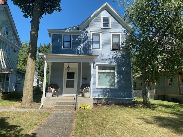 Photo of 915 Columbia Avenue, Fort Wayne, IN 46805 (MLS # 202033513)