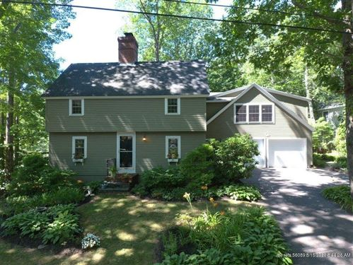 Photo of 8 Woodcrest Road, Cape Elizabeth, ME 04107 (MLS # 1464014)