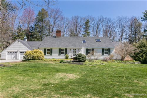 Photo of 21 Hedgerow Drive, Falmouth, ME 04105 (MLS # 1451212)