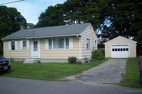 Photo of 31 Crescent View Avenue, Cape Elizabeth, ME 04107 (MLS # 1462227)
