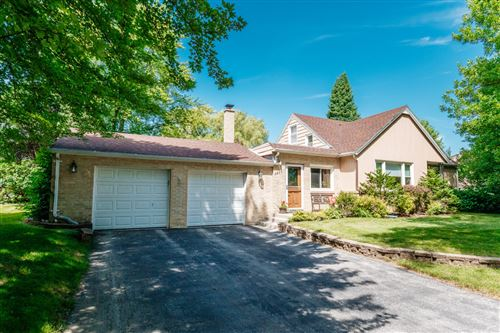 Photo of 3293 N 105th St, Wauwatosa, WI 53222 (MLS # 1700003)