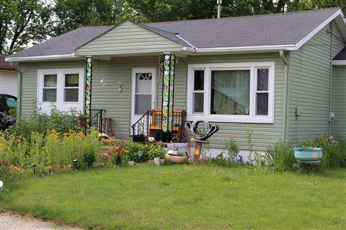 Photo of 414 Frame Ave, Waukesha, WI 53186 (MLS # 1702065)