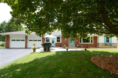Photo of 14065 Flora Ave, Brookfield, WI 53005 (MLS # 1698088)