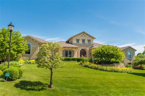 Photo of 13975 N Legacy Hills Dr, Mequon, WI 53097 (MLS # 1689109)