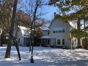 Photo of 10714 N San Marino Dr, Mequon, WI 53092 (MLS # 1667110)