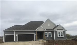 Photo of 8900 W Eagle Ct, Mequon, WI 53097 (MLS # 1625163)