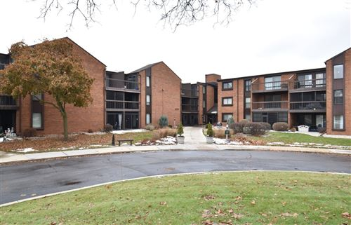 Photo of 6100 W Stonehedge Dr #151, Greenfield, WI 53220 (MLS # 1668253)