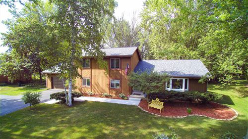 Photo of 5014 W Kathleen Ln, Mequon, WI 53092 (MLS # 1702258)