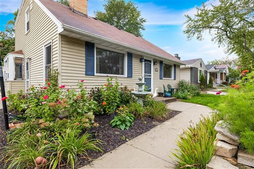 Photo of 2521 N 113th St, Wauwatosa, WI 53226 (MLS # 1715409)