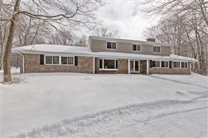 Photo of 13128 N Fox Hollow Rd, Mequon, WI 53097 (MLS # 1624424)