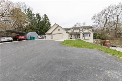 Photo of W206N10525 Appleton Ave, Germantown, WI 53022 (MLS # 1686533)