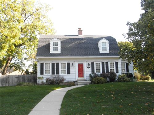 Photo of 3286 S Durand Ave, Greenfield, WI 53219 (MLS # 1664635)