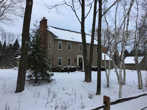 Photo of 9704 N Range Line Rd, Mequon, WI 53092 (MLS # 1701670)