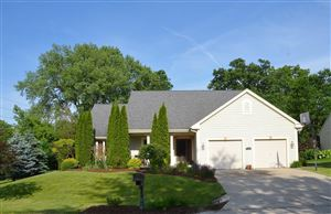 Photo of 100 Woodberry DR, Delafield, WI 53018 (MLS # 1643701)